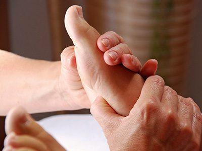 Hand- und Fußreflexzonenmassage